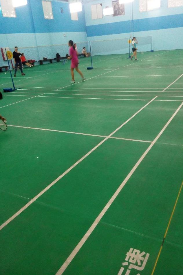 番禺南村超音速羽毛球馆打球报名拉。。。
