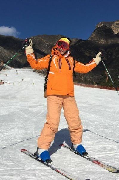 野蘑菇12月17日160元玉龙湾滑雪场 全天不限时