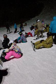 沈阳怪坡周六滑雪午夜场