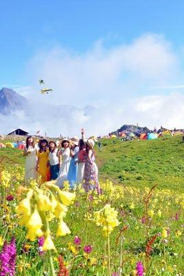 九顶山徒步露营花的海洋,云海、星空、很美很美的