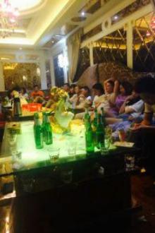 潜江同城聚会。网络朋友走进现实