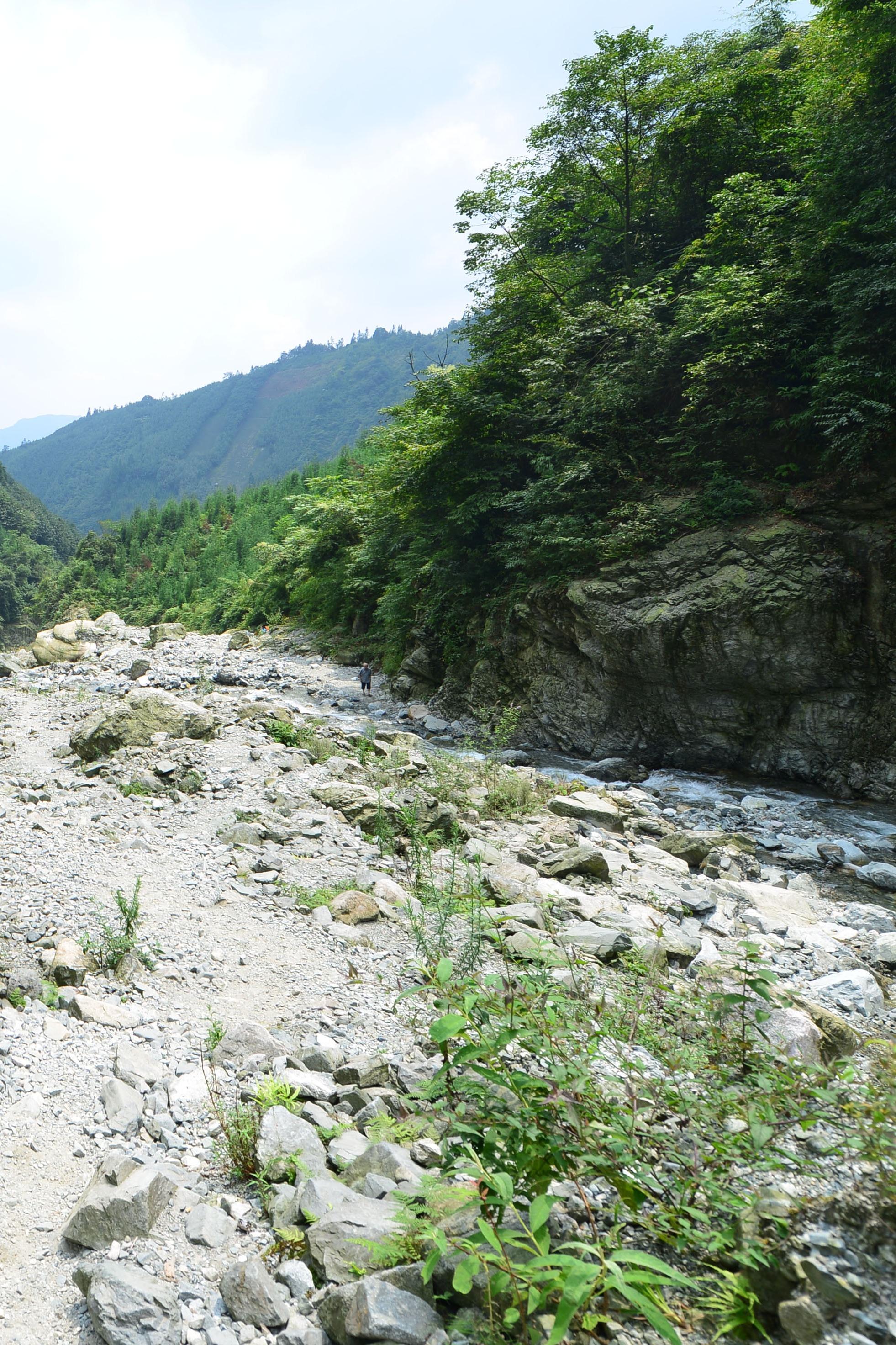 彭州蟠龙谷自驾游