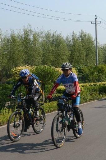 八月八日全民健身日骑行活动