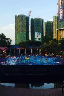 8月9日美女帅哥相约东坑碧桂园游泳池游泳交友活动