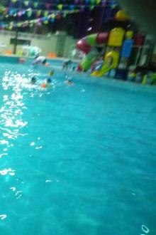 盛世游泳去