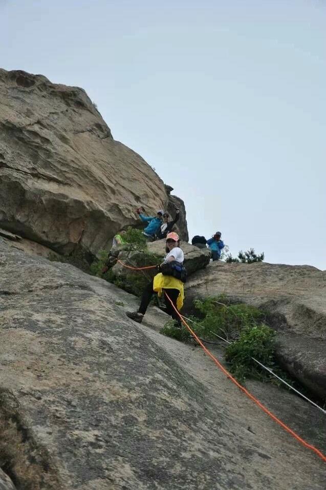 2015年3月29日周天分两路爬枣园顶