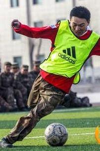 拉卡俱乐部足球队建队活动聚会联谊