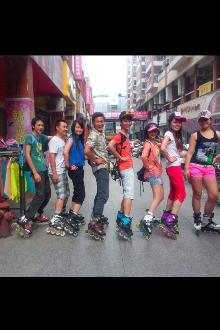 6月14日(河滨公园)轮滑者爱好的活动