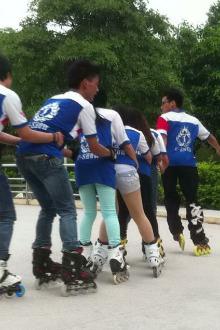 松鹤公园轮滑活动