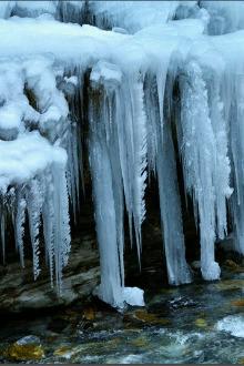 虎牙冰雪节自驾亲子游
