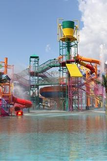 哈尔滨河口湿地欢乐水世界一日游玩