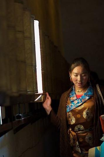 国庆去川北色达和亚青感受不一样的藏文化