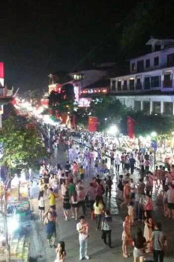 8月12日-14日广西桂林漓江西街浪漫3天深度游