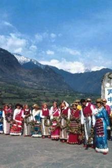 在画里过一个暖冬—怒江大峡谷春节人文风景深度行