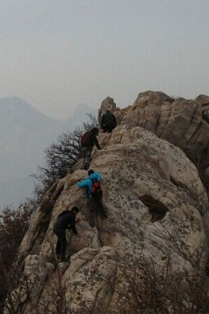 AA约伴9,6日,八方户外小分队25人挑战嵩山宝珠峰