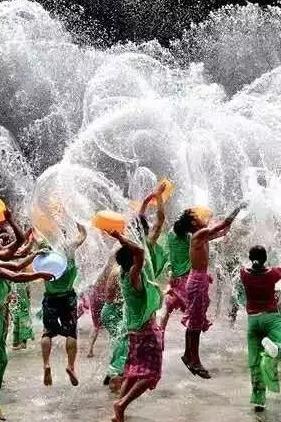 8月8-9号万人壮家戏水节+连州地下河、湟川三峡