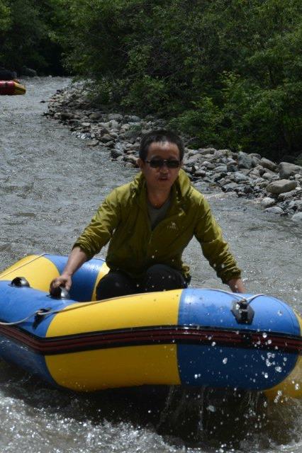 6月25、26日和政松鸣岩看鲁宾花露营登山漂流