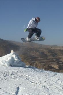 这个冬天的最低滑雪季【铜川照今国际滑雪场】