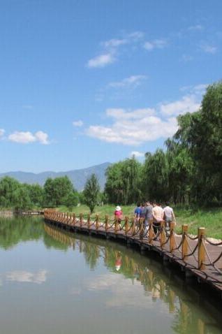 延庆妫河生态走廊骑自行车
