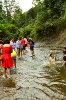 5月10号徙步:威远县连界镇石板河玩水