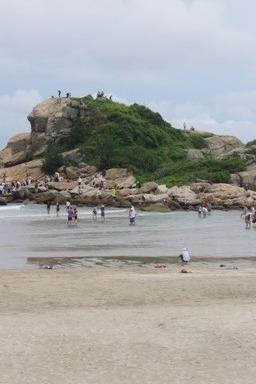 3月29日惠东狮子岛,在沙滩尽情玩耍,看海中卧狮!