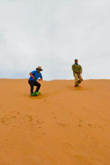 腾格里沙漠五湖徒步越野穿越三日行