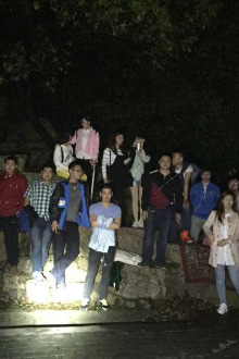 周六夜爬惠山森林公园