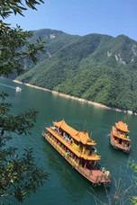 汽车:三峡大瀑布、清江画廊、长阳土家风情2日游