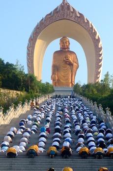 3月20日东林大佛、东林寺观光朝拜一日游