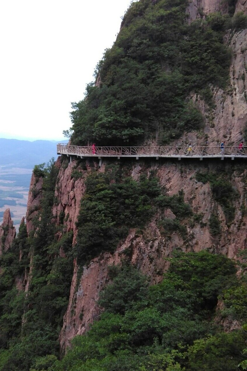 5月8日丹东断桥-凤凰山一日游