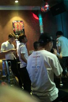 宝明珠广场岛KTV