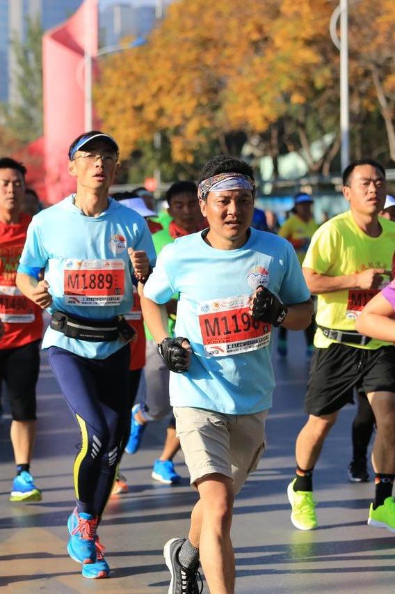 随遇跑团1.8海埂公园线上马拉松