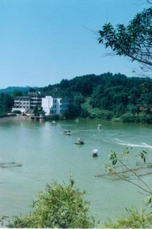 泸州纳溪凤凰湖游玩钓鱼吃饭交友