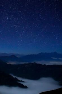 这个冬季,找个周末去牛背山看最美的星空云海云瀑。