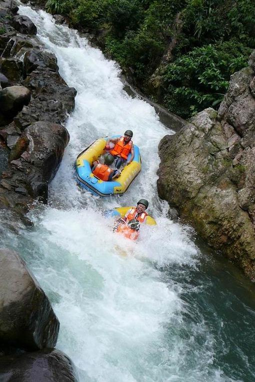 6月10日清远古龙峡漂流 万丈瀑布群探险