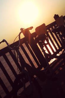 骑单车跑步