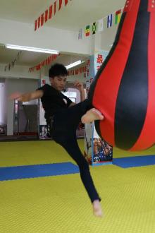 陆川显华搏击俱乐部免费体验课程