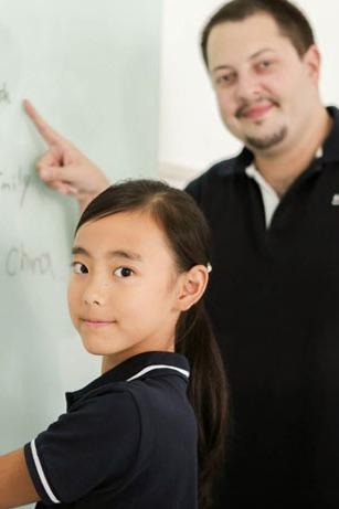 寻找100名青少年跟【老外】免费学英语