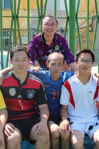中秋节踢球活动