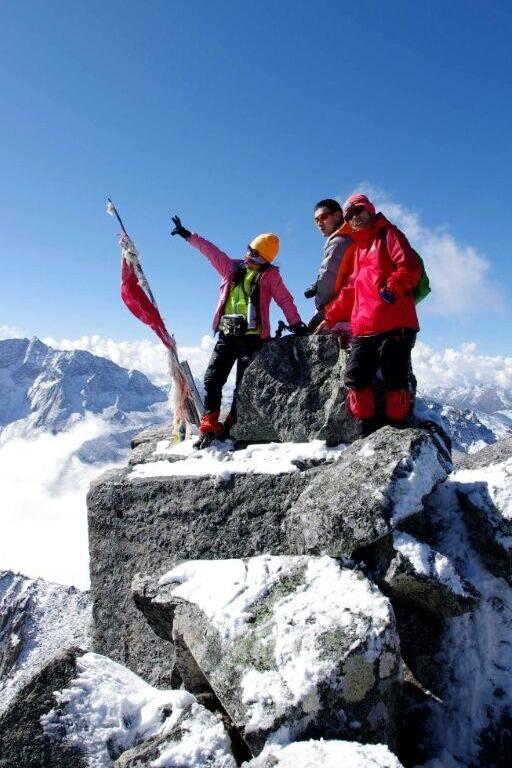 2015年清明假期阿坝三奥雪山体验云端的感觉