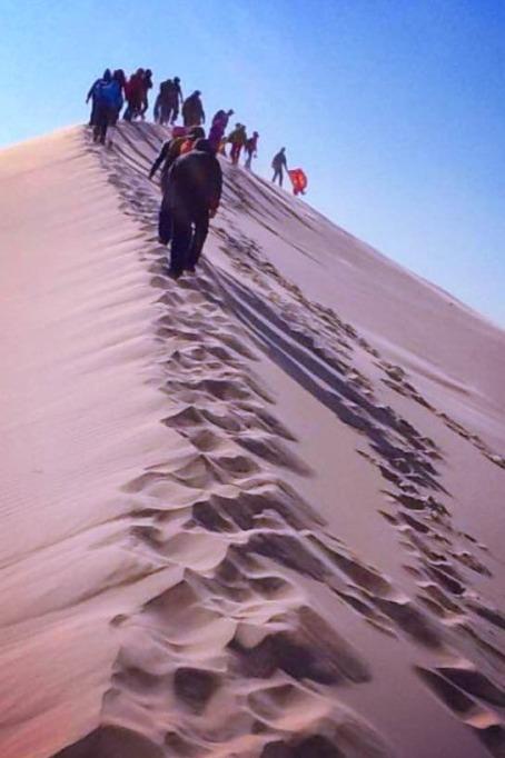 3月29日内蒙古库伦沙漠一日游