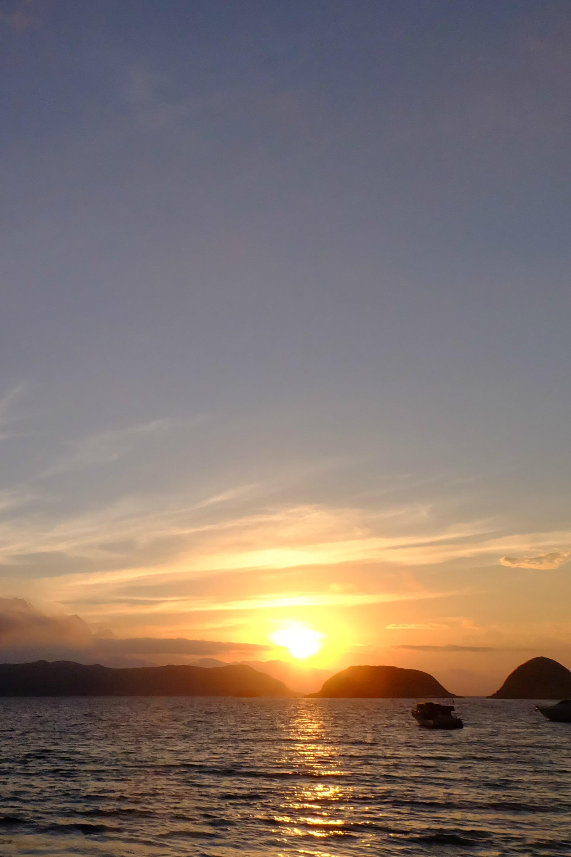 端午节徙步香港最美海岸线—-麦理浩径