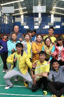楚雄东新羽毛球俱乐部群活动