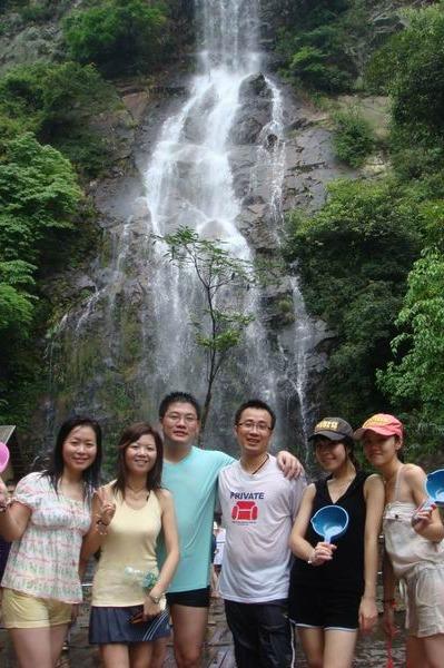 中秋节9月26日美女帅哥古龙峡相约一起漂流湿身尖叫
