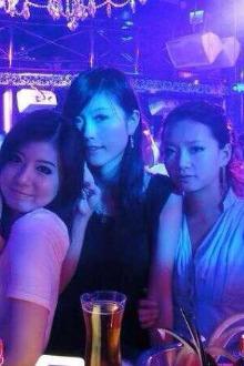 激情男女,浪漫邂逅,酒吧狂欢派对