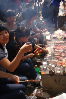 《淮安老乡》一起烧烤吧