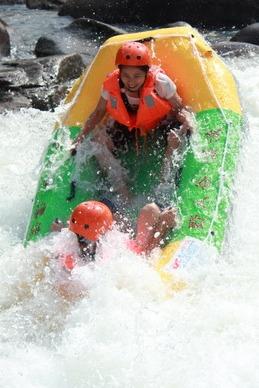 6月10·东兴金滩、野人谷漂流一日游188元