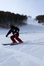 本周日,唐山玉龙湾滑雪场,高级道已开,领队免费教学