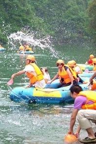 【清凉一夏】井空里溯溪穿越,漂流、水战、湿身