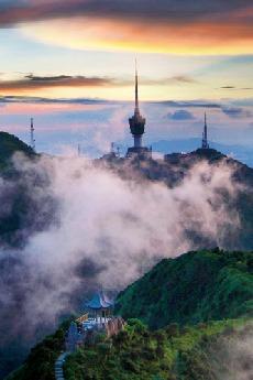 每周六相聚鹏城第一高峰梧桐山爬山